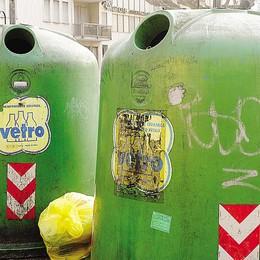 """Lecco: vetro, si cambia  Addio alle """"campane verdi""""  Le date e l'elenco via per via"""