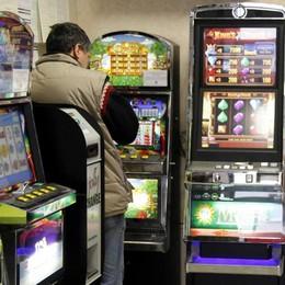 Lotta al gioco d'azzardo, la Regione inasprisce le sanzioni