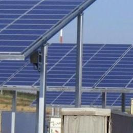 Una scossa al mercato dell'energia  Il fotovoltaico bussa in ogni casa