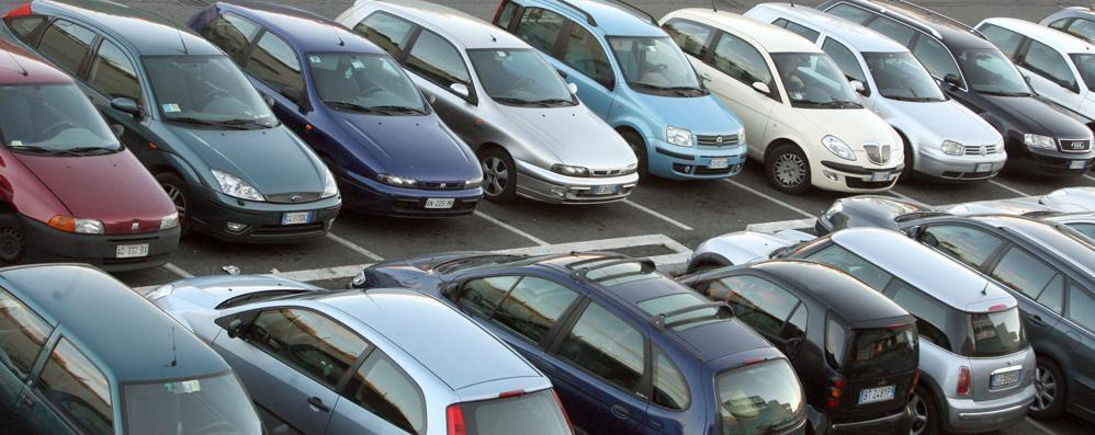 Prestiti per l'acquisto dell'auto  Lecchesi secondi in Regione