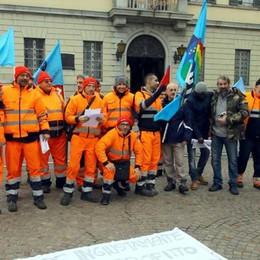 «Sanzioni e assenza di dialogo»  Protestano i lavoratori Econord