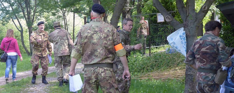 """Tornano i """"soldati""""  nei boschi di Valbrona"""