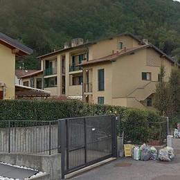La cucina della villetta prende fuoco  Fiamme a Canzo: cinque in ospedale