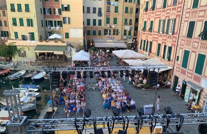 Piazza  Colomob, un altro dei luoghi del Festival della Comunicazione