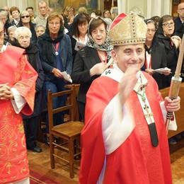 Erba, festa con l'arcivescovo  «No ai campanilismi della vita»