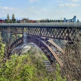 Paderno: «Mai più  un altro ponte San Michele»