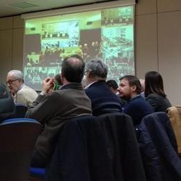 SCUOLA, SPORT E DIVERTIMENTO  IL CORONAVIRUS FERMA LECCO