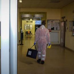 CORONAVIRUS, POSITIVO   LO STUDENTE DI VALDIDENTRO  È IN OSPEDALE A LECCO E MIGLIORA