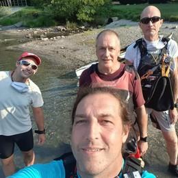 Novanta chilometri in canoa sul Lario  Impresa per i  trent'anni della CK90