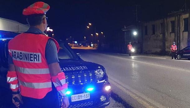 Pusiano: «Suo figlio ferito nello scontro»  Ruba mille euro e l'oro a donna di 88 anni