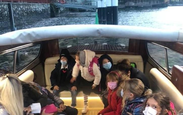 Varenna, a scuola sul taxi boat. La scelta delle famiglie per la chiusura della 72