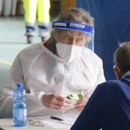 È iniziata la campagna vaccinale  Bellano, Andrea Vitali tra i medici di base