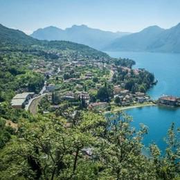 Ottocento euro a notte per una villa  Quando la vacanza sul lago è un lusso