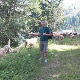 Premana, tragedia in Trentino  muore don Graziano