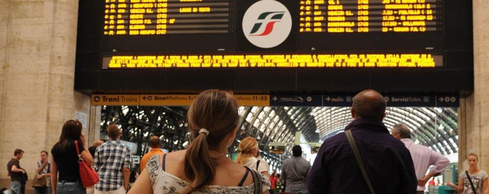 Dietrofront di Trenord  «Da Lecco a Milano l'arrivo è a Centrale»