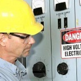 Lecco. «Mancano elettricisti  Imprese frenate nella crescita»