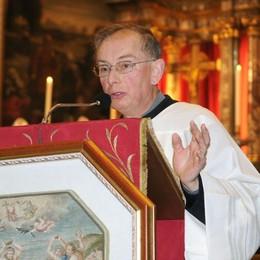 Lutto a Osnago. Morto il parroco don Costantino Prina