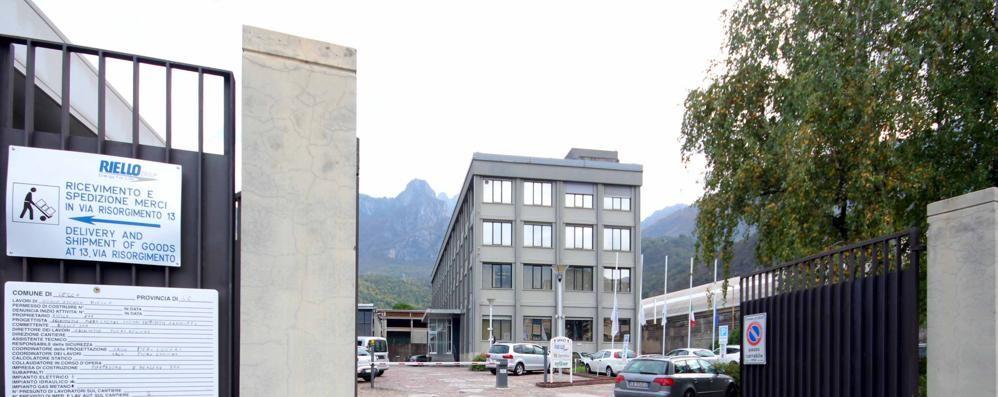 Riello chiude la fabbrica di Pescara  In quella di Lecco un'ora di sciopero